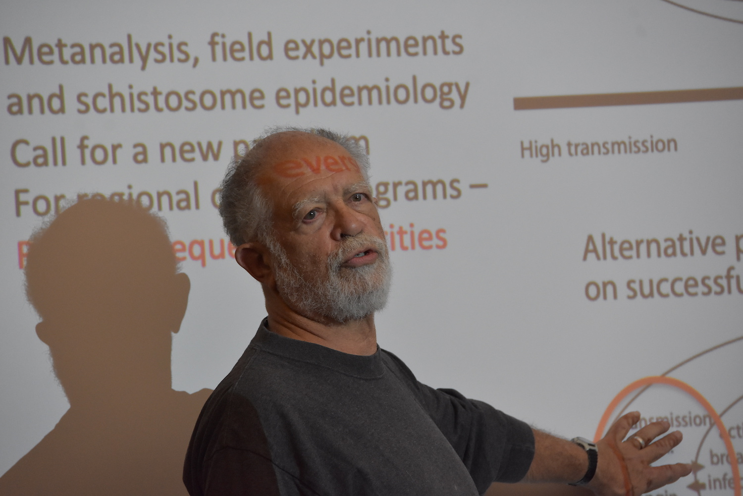 Dr. Armand Kuris, speaking at the College of the Environment at Wesleyan University on December 3, 2018. Photo by Laurie Kenney.